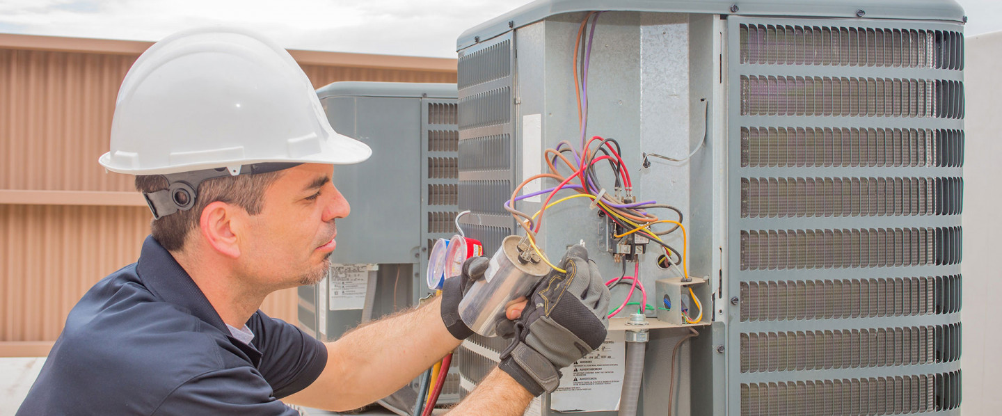 Maintain Interior Comfort With the Help of an HVAC Contractor